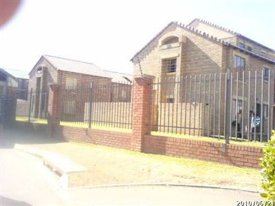 For Sale, Flats, Karenpark -Ref No 2645389 ZAR 455,000