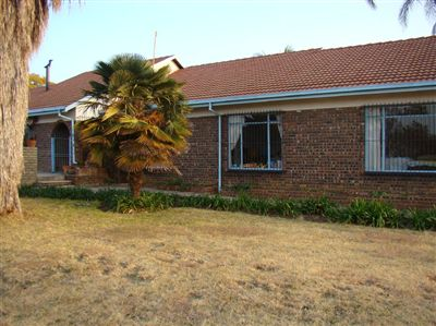 Pretoria, Pretoria East Property  | Houses For Sale Pretoria East, Pretoria East, Farms 3 bedrooms property for sale Price:3,600,000