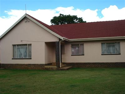 Rustenburg, Oos Einde Property  | Houses For Sale Oos Einde, Oos Einde, House 3 bedrooms property for sale Price:1,300,000