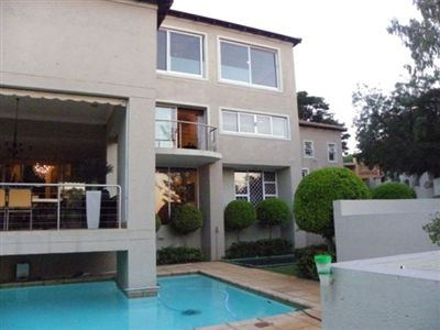 House for sale in Waterkloof Park