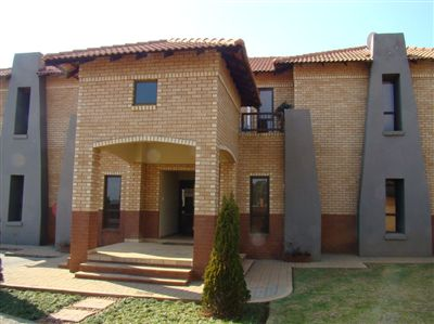 Pretoria, Mooikloof Ridge Property  | Houses For Sale Mooikloof Ridge, Mooikloof Ridge, Commercial  property for sale Price:3,240,000