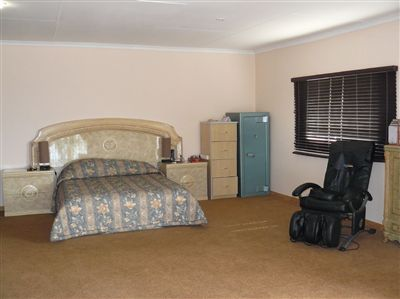 Witbank property for sale. Ref No: 2682058. Picture no 17