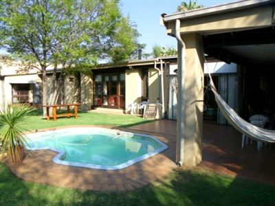 To Rent, House, Waterkloof -Ref No 2695571 ZAR , 22,00*,M