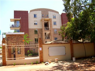 For Sale, Flats, Hillcrest -Ref No 2929206 ZAR 730,000
