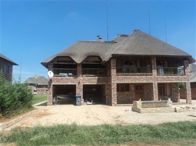 Property viljoenskroon : Houses For Sale viljoenskroon, Viljoenskroon, Townhouse 4 bedrooms property for sale Price:1,400,000