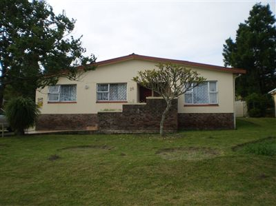 Amalinda House For Sale in East London ZAR 850,000