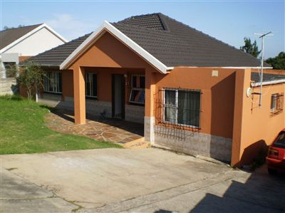 For Sale, House, Amalinda -Ref No 2975589 ZAR 895,000