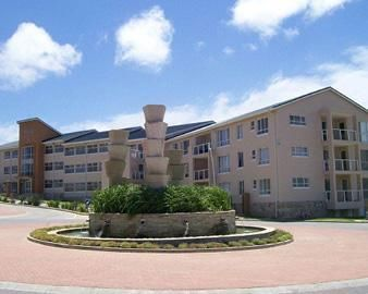 Beacon Bay Flats For Sale in East London ZAR 999,999,999