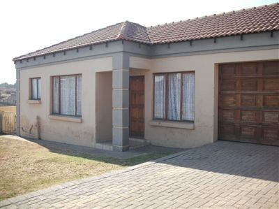 Witbank, Jackaroo Park Property  | Houses For Sale Jackaroo Park, Jackaroo Park, Townhouse 3 bedrooms property for sale Price:715,000