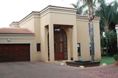 To Rent, House, Silver Lakes Golf Estate -Ref No 3033724 ZAR , 50,00*,M