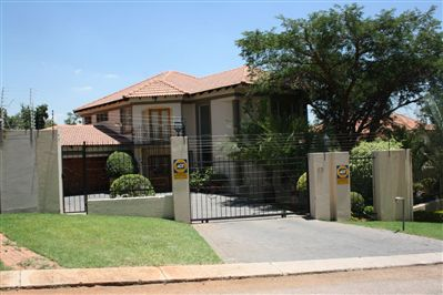 House for sale in Magalieskruin, Pretoria