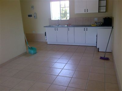 Middedorp property for sale. Ref No: 3059628. Picture no 4