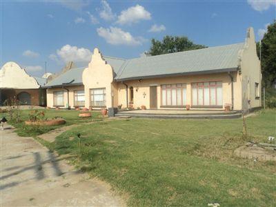 Renovaal, Renovaal Property    Houses For Sale Renovaal, Renovaal, House 4 bedrooms property for sale Price:450,000