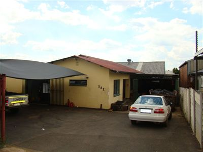 Pretoria, Silverton Property  | Houses For Sale Silverton, Silverton, Business  property for sale Price:5,400,000