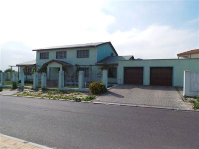 Property and Houses for sale in Kuils River, House, 6 Bedrooms - ZAR 1,899,000