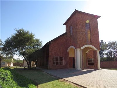 Commercial for sale in Kameeldrift East