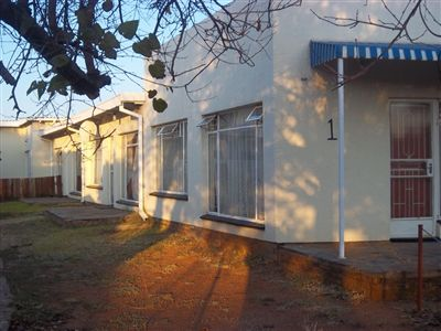 Klerksdorp, Meiringspark Property  | Houses To Rent Meiringspark, Meiringspark, Flats 2 bedrooms property to rent Price:,  2,00*