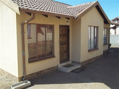 Rustenburg, Tlhabane Property    Houses For Sale Tlhabane, Tlhabane, House 3 bedrooms property for sale Price:650,000
