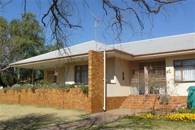 Parys property for sale. Ref No: 3119042. Picture no 1