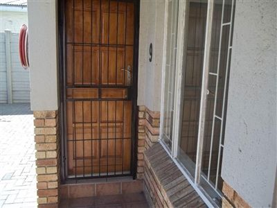 Middedorp property for sale. Ref No: 3119469. Picture no 2