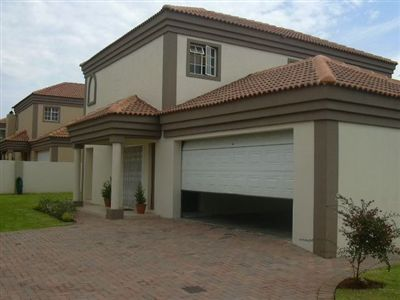 Klerksdorp, Flamwood Property  | Houses To Rent Flamwood, Flamwood, Townhouse 3 bedrooms property to rent Price:,  7,00*