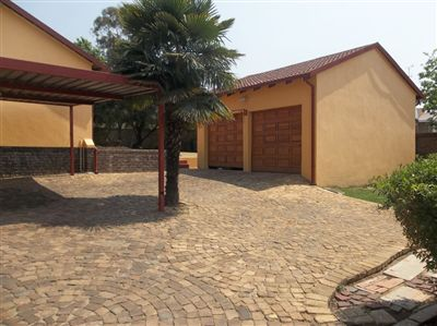Meredale, House 3 bedrooms property for sale Price:1,200,000