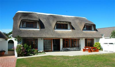 St Francis Bay, Canals Property  | Houses For Sale Canals, Canals, House 4 bedrooms property for sale Price:3,950,000