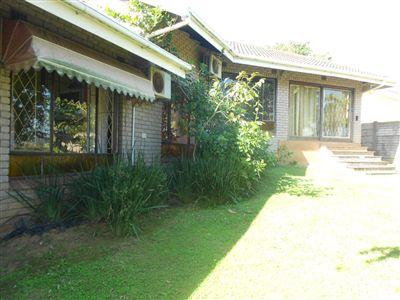 House for sale in Amanzimtoti