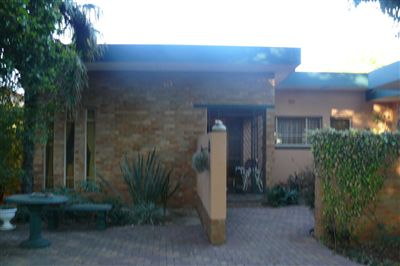 Parys property for sale. Ref No: 3137021. Picture no 1