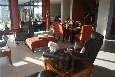 Myburgh Park property for sale. Ref No: 13238845. Picture no 8