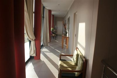 Myburgh Park property for sale. Ref No: 13238845. Picture no 10