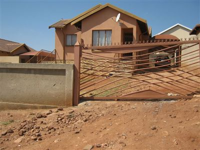 Rustenburg, Tlhabane Property  | Houses For Sale Tlhabane, Tlhabane, House 3 bedrooms property for sale Price:700,000