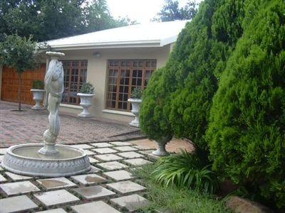 Klerksdorp, Flamwood Property  | Houses To Rent Flamwood, Flamwood, House 4 bedrooms property to rent Price:,  9,00*