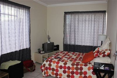 Grahamstown property to rent. Ref No: 13412996. Picture no 2