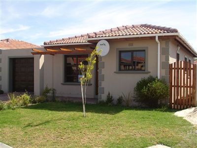 Property and Houses for sale in Kuils River, House, 3 Bedrooms - ZAR 749,000