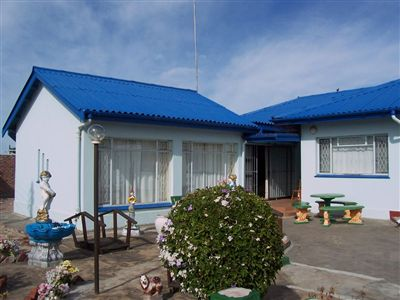 House for sale in Humansdorp