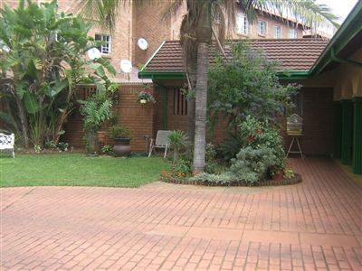 Rustenburg, Middedorp Property  | Houses For Sale Middedorp, Middedorp, House 3 bedrooms property for sale Price:5,500,000