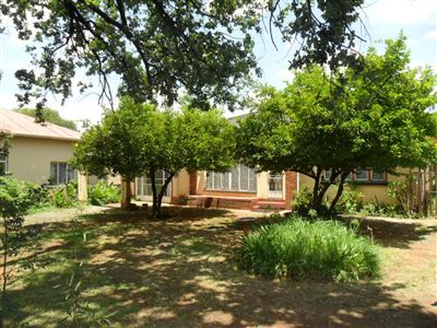 Die Bult property for sale. Ref No: 13239072. Picture no 3