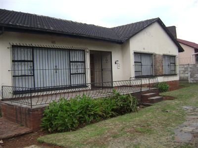 Leondale House For Sale in Germiston ZAR 630,000