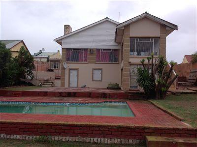 Port Elizabeth, St Georges Strand Property    Houses For Sale St Georges Strand, St Georges Strand, House 4 bedrooms property for sale Price:1,095,000