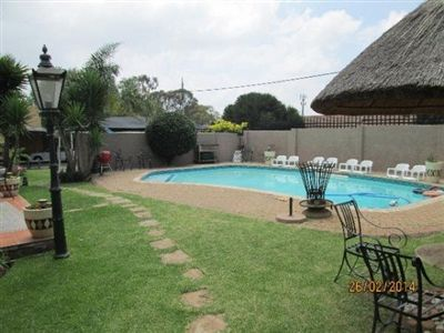 Robertsham House For Sale in Johannesburg ZAR 1,750,000