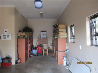 Van Der Hoff Park And Ext property for sale. Ref No: 13238794. Picture no 42