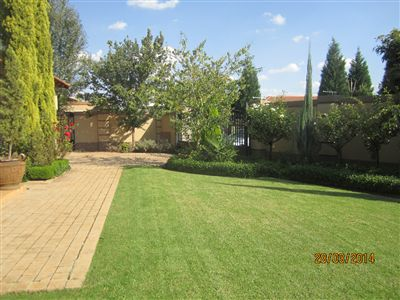Van Der Hoff Park And Ext property for sale. Ref No: 13238794. Picture no 43