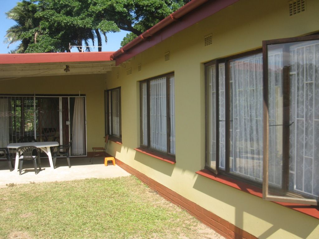 Very neat and tidy 4 bedroom house -  Mtwalume