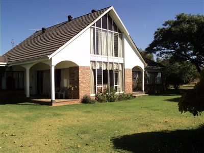 Property and Houses for sale in Pretoria East, Farms - ZAR 2,600,000