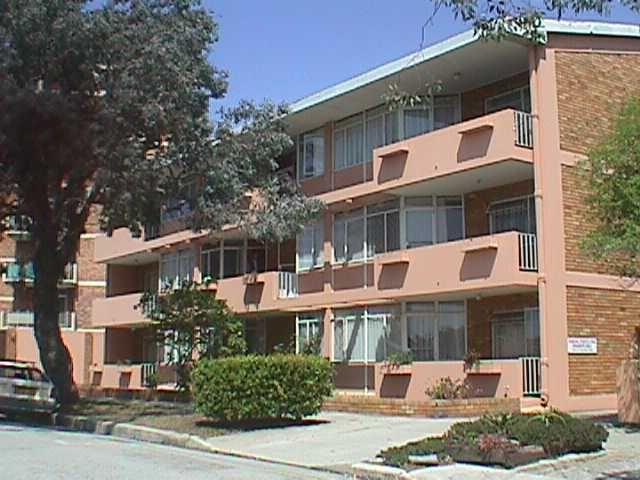 Spacious 1 Bedroom apartment!
