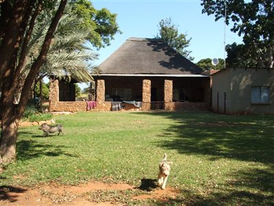 Property and Houses for sale in Louis Trichardt, Farms,3 Bedrooms - ZAR 4,700,000