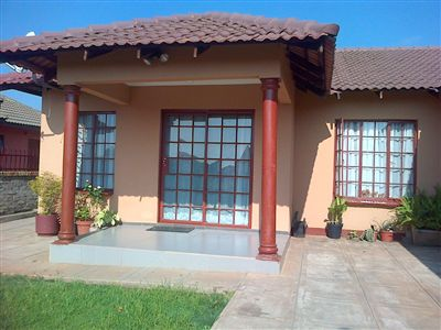 Rustenburg, Tlhabane Property    Houses For Sale Tlhabane, Tlhabane, House 3 bedrooms property for sale Price:850,000