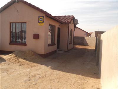 Leondale House For Sale in Germiston ZAR 480,000