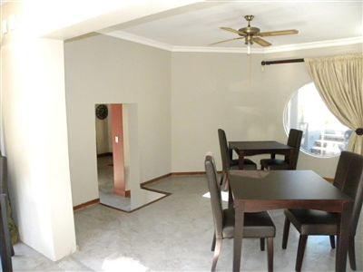 Cashan And Ext property for sale. Ref No: 3198116. Picture no 6